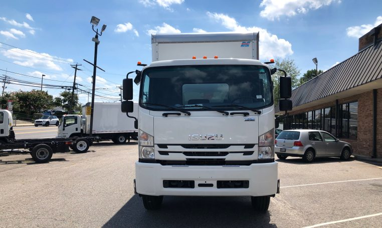 """Thumbnail : 2018 Isuzu FTR with a 24' Mickey Body and 212"""" Wheelbase, 3 Year Untimited mile Warranty, 3 Year 24hr roadside Assistance, IMG-8053-762x456"""