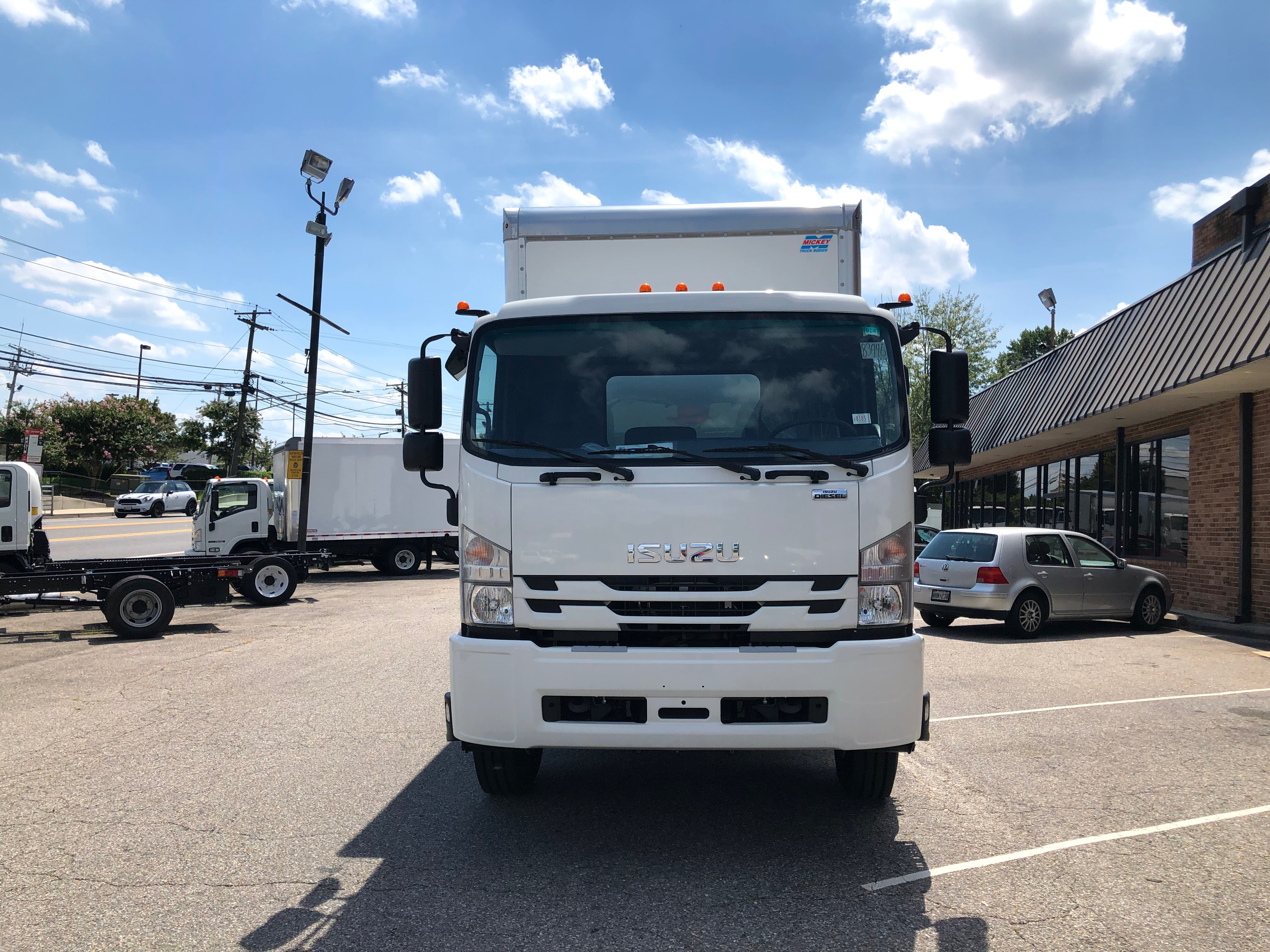 """2018 Isuzu FTR with a 24' Mickey Body and 212"""" Wheelbase, 3 Year Untimited mile Warranty, 3 Year 24hr roadside Assistance, IMG-8053-762x456"""