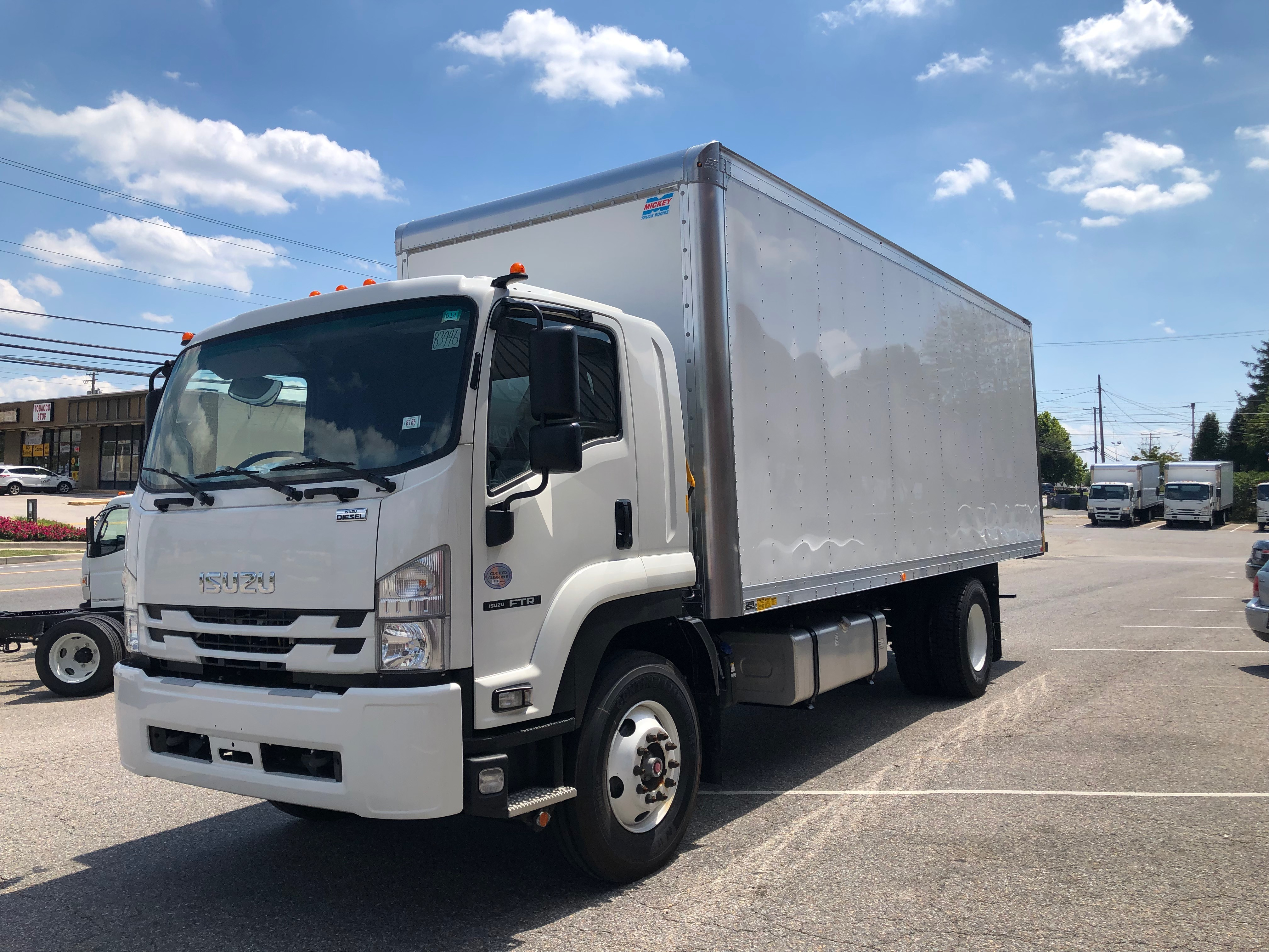 """2018 Isuzu FTR with a 24' Mickey Body and 212"""" Wheelbase, 3 Year Untimited mile Warranty, 3 Year 24hr roadside Assistance, IMG-8054-762x456"""